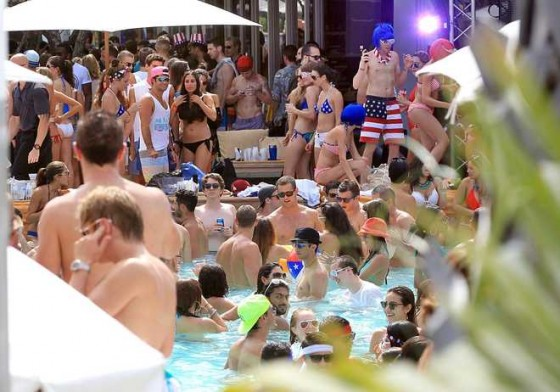 <p>Come and join in the fun at one of the biggest pool parties in Albufeira!! With great dj&rsquo;s and drinks, Cocktails, Sun and Fun! Fun! Fun! Watch the sun go down while dancing in the pool to great tunes and all your friends. This you don&rsquo;t want to miss.</p>