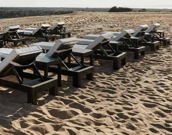 puro-beach-day-beds-vilamoura