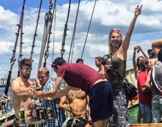 Tagus river cruise VIP