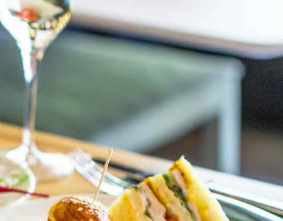 champagne-breakfast-albufeira